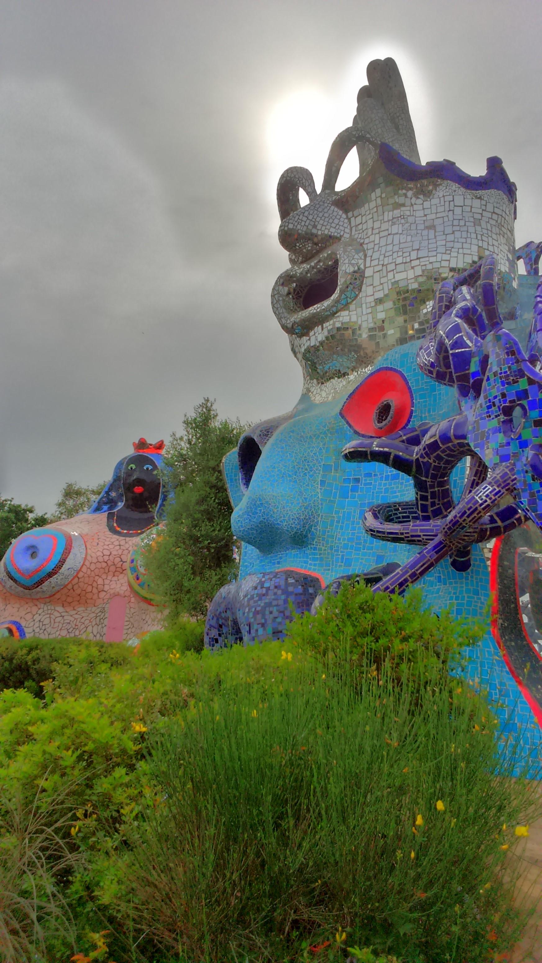Imprimer Le Jardin des tarots de Niki de Saint Phalle